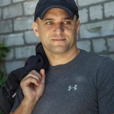Владимир Полочанинов